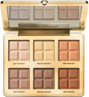 COCOA-INFUSED CONTOURING AND HIGHLIGHTING PALETTE
